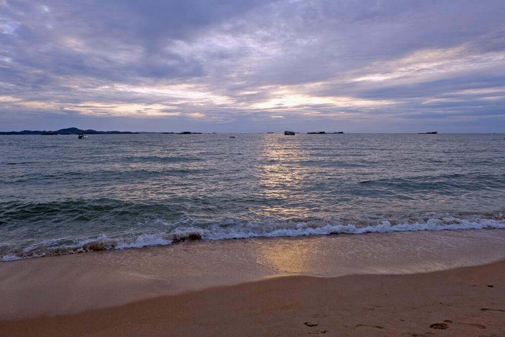 หาดจอมเทียน พัทยา