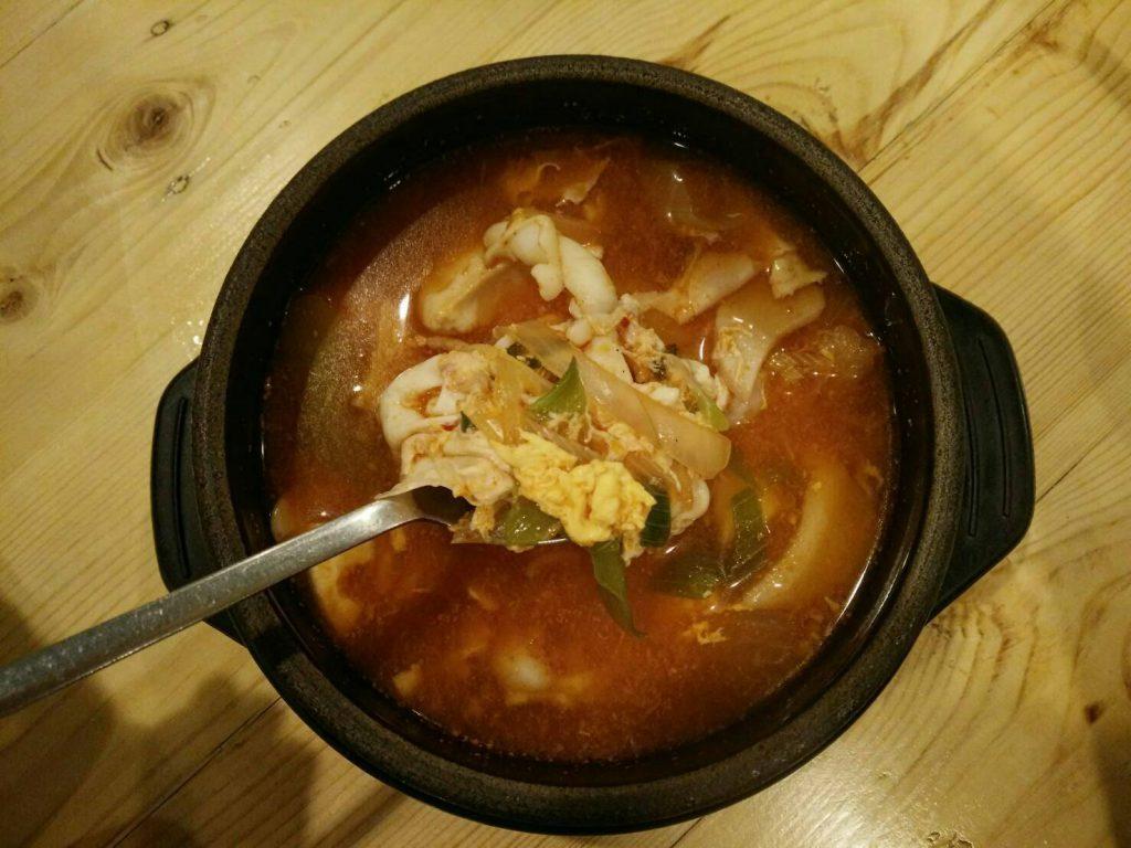 ซุปกิมจิ เปรี้ยวจี๊ดโดนใจ ซดน้ำซุปคล่องคอ
