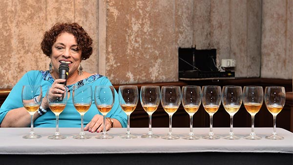 Master Blender Joy Spence หญิงคนแรกแห่งวงการเหล้ารัม