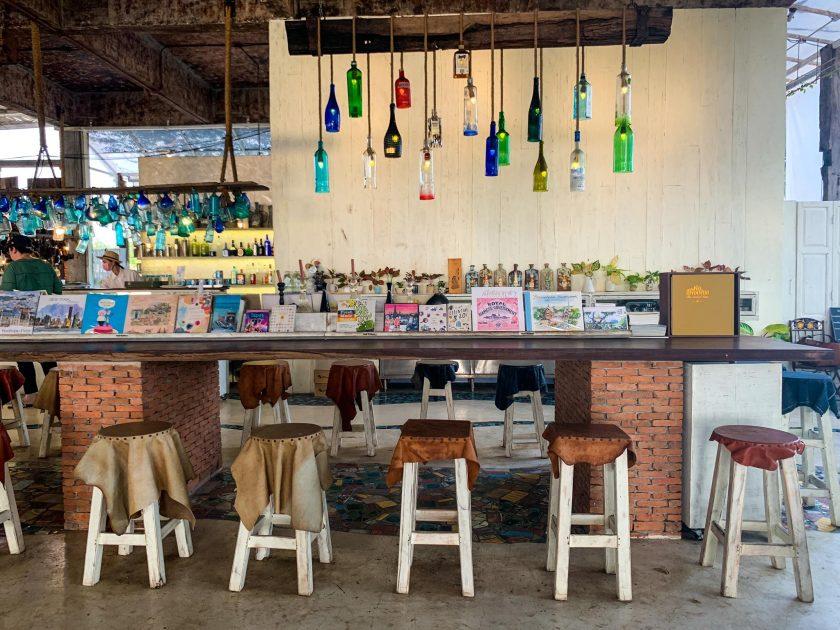 รีวิวคาเฟ่ เซรามิค ร้านสายลมบางปู Sailom Bangpu